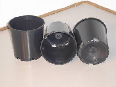 Round Pots - Cone Base - 140mm