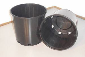 Plastic Pots 200mm Slimline - Pack of 20